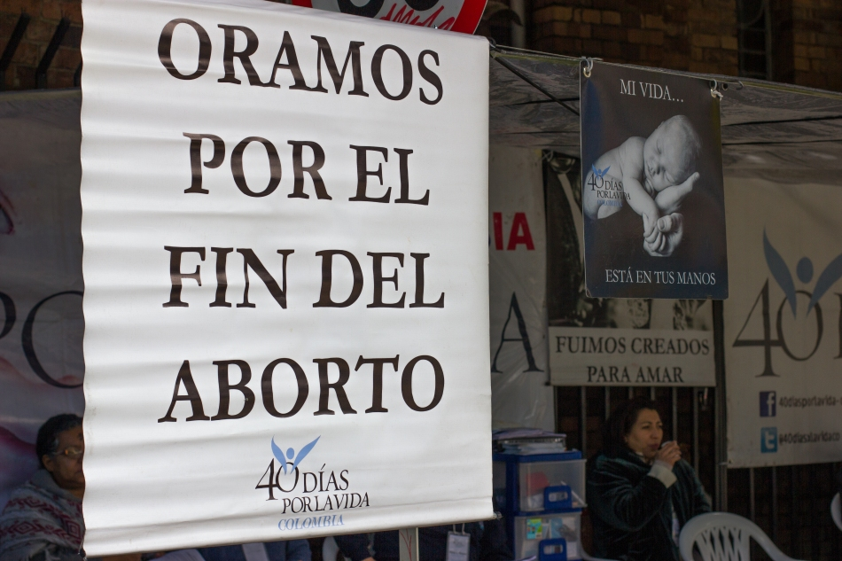 40 Days for Life posters outside of the Santa Ana Catholic church across from Orientame clinic